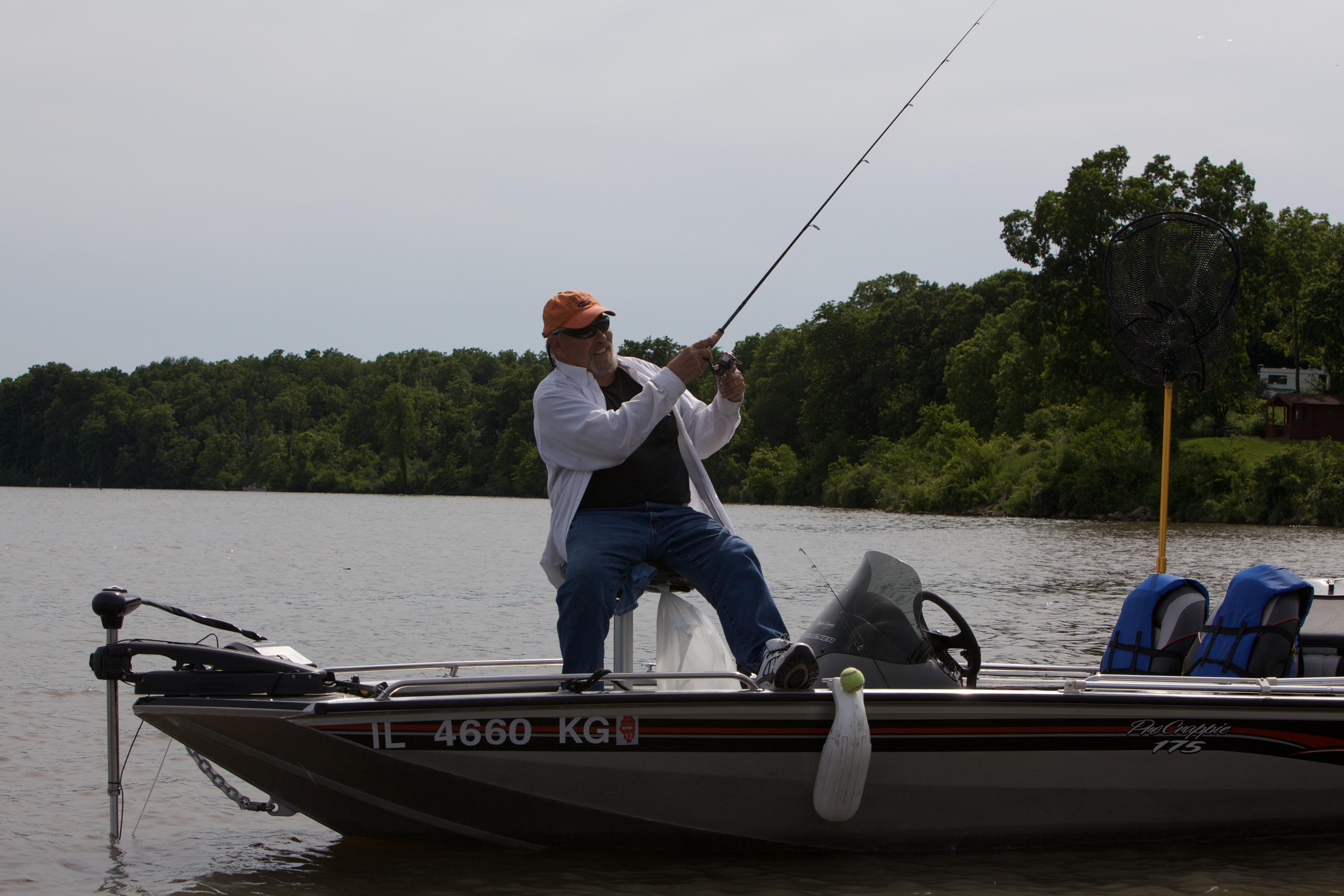 Shabbona lake bait tackle boat rental fish contest for Shabbona lake fishing report
